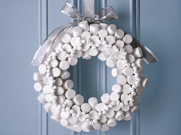 marshmellow+wreath.jpg