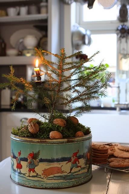 vintage+natural+christmas.jpg