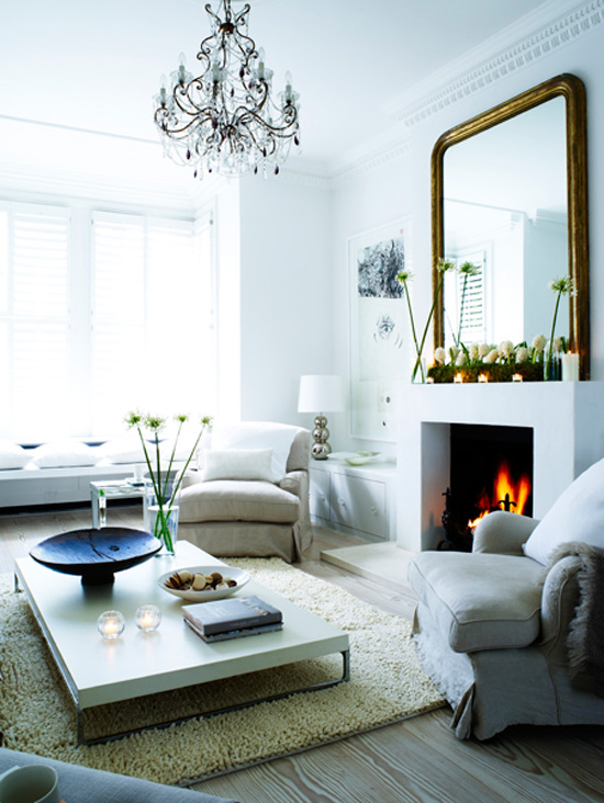 gold+mirror+over+fireplace.jpg