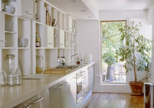 white+eat-in+kitchen.jpg