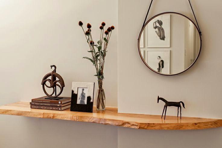 natural+modern+hallway+vignette.jpg
