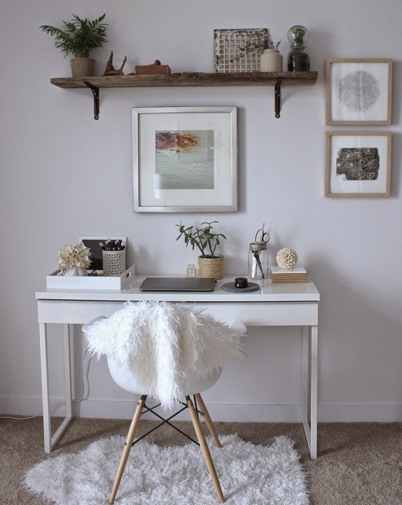 small-white-natural-office.jpg