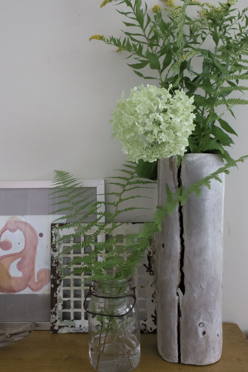 DIY driftwood vase and art