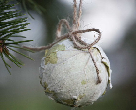 natural organic paper tree ball oranment