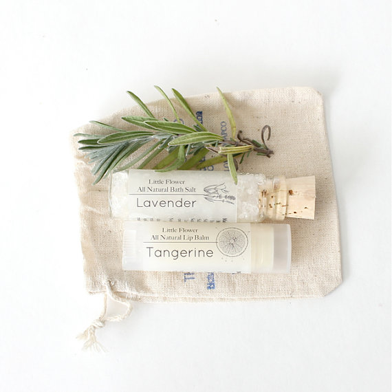 natural spa gift set - sustainable gift guide