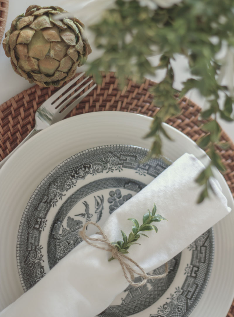 simple natural holiday table setting