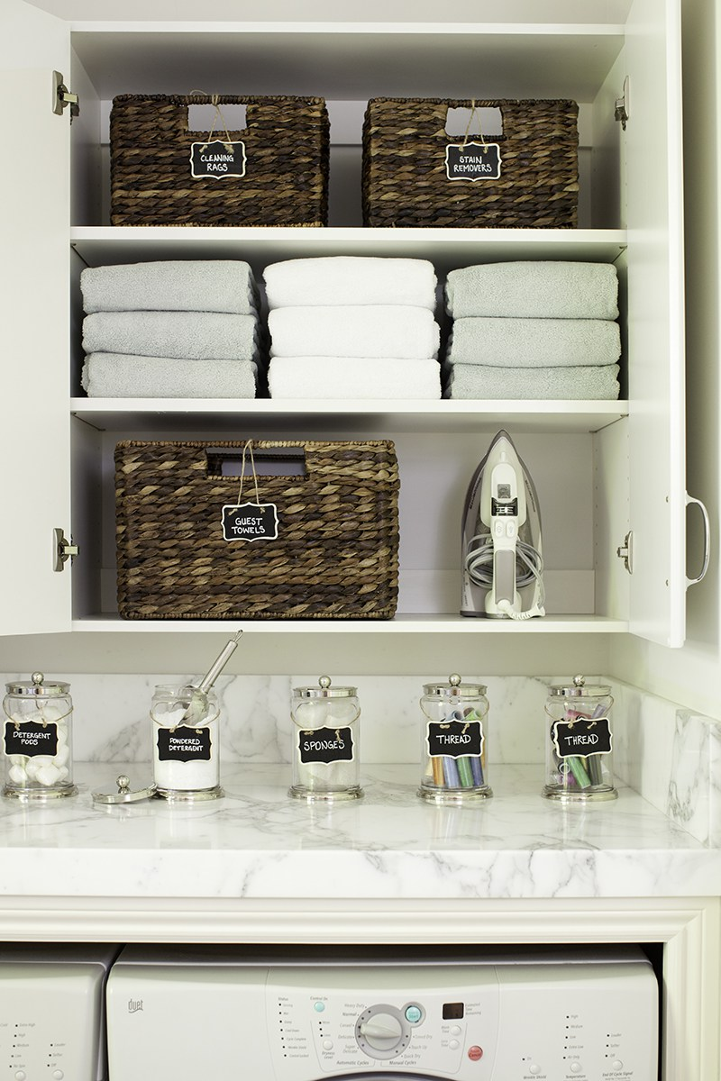 how to organize and label a laundry room