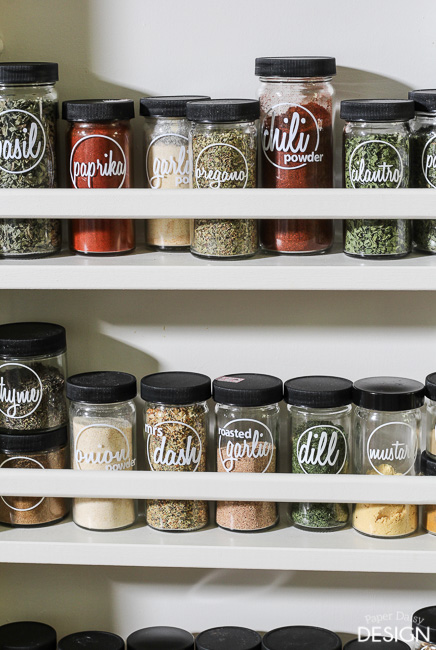 simple stylish spice labels