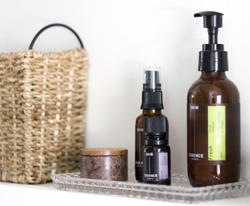 simple living with simplified beauty products