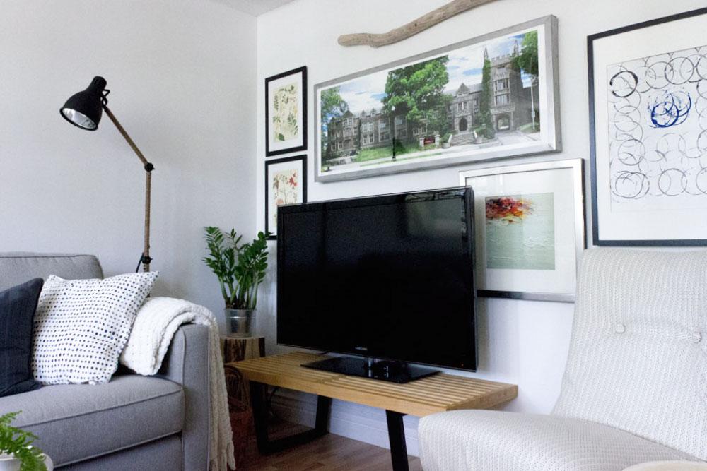 TV-gallery-wall.jpg