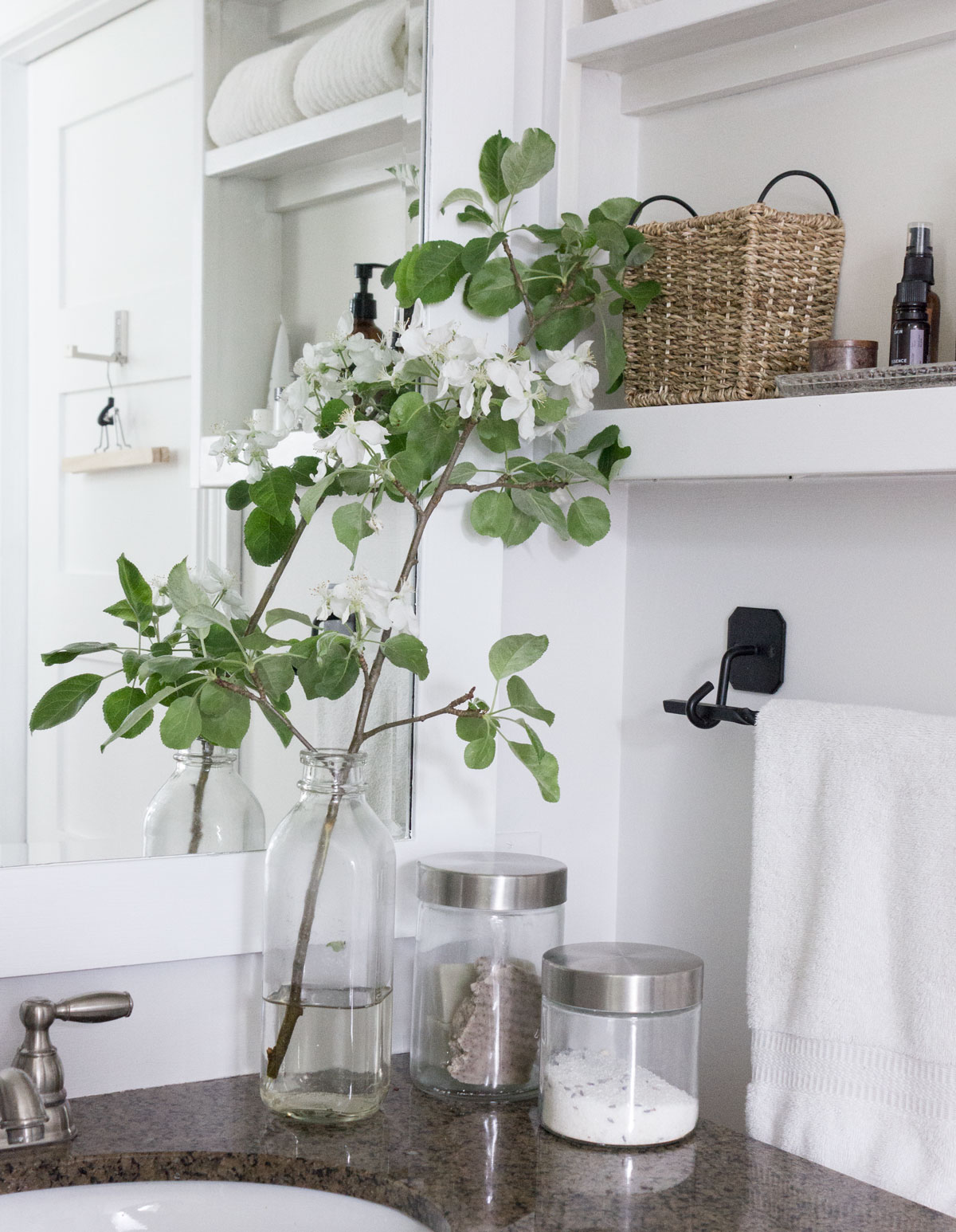 how to use Spring blossoms as free home decor