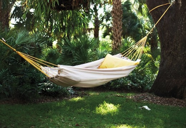 DIY drop cloth hammock with instructions - click image