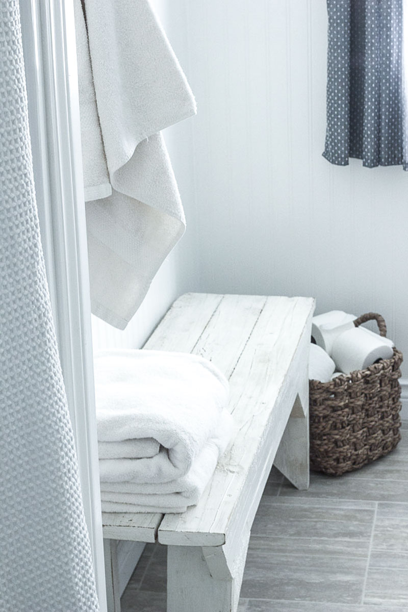 six steps to organizing your master bath for simplicity