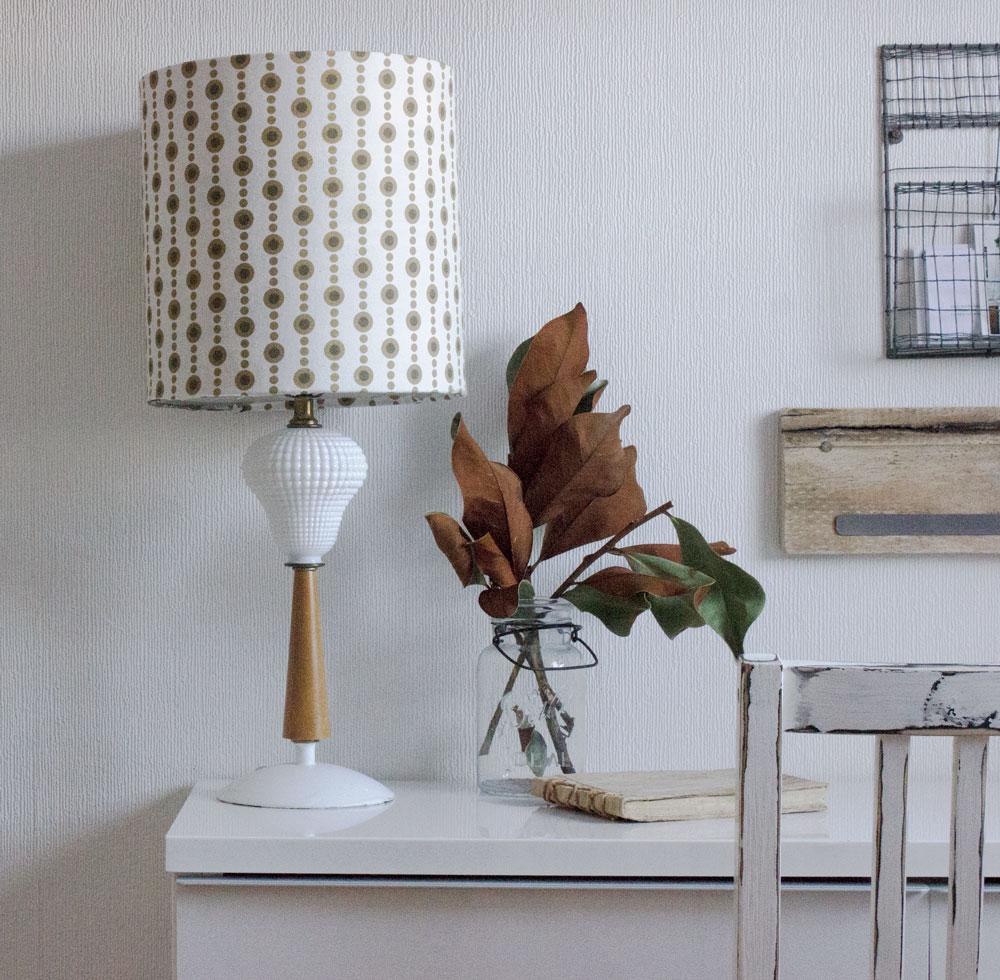 带新灯罩的DIY复古灯