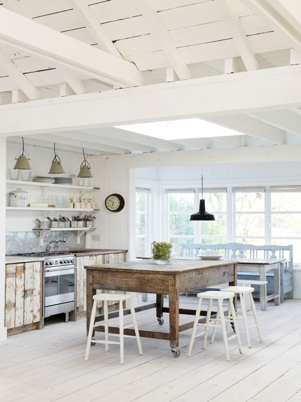 how to create a casual cottage with white paint