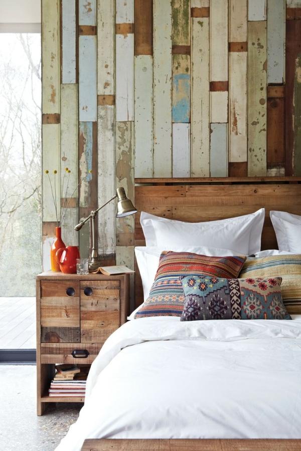 乡村风格的再生木墙面