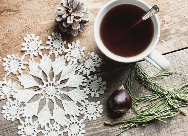 How to Simplify the Holidays by buying less and giving more
