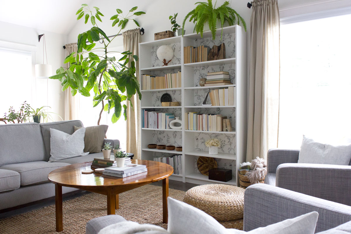 grey,-white-and-beige-living-room.jpg