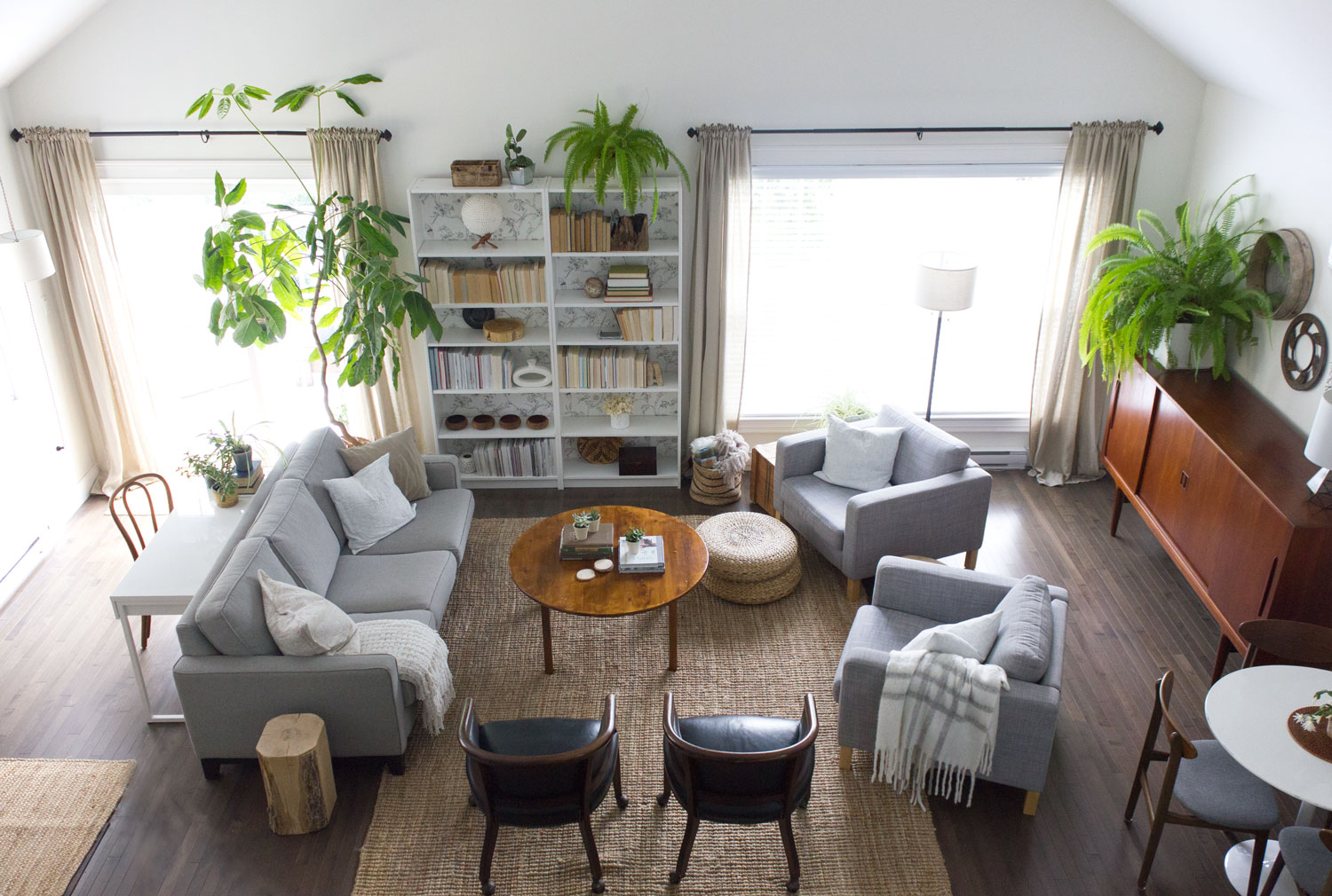 condo-living-space---neutral,-natural-midcentury-modern.jpg