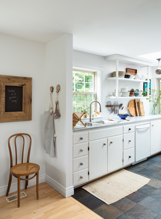 The simple way to paint kitchen cabinets