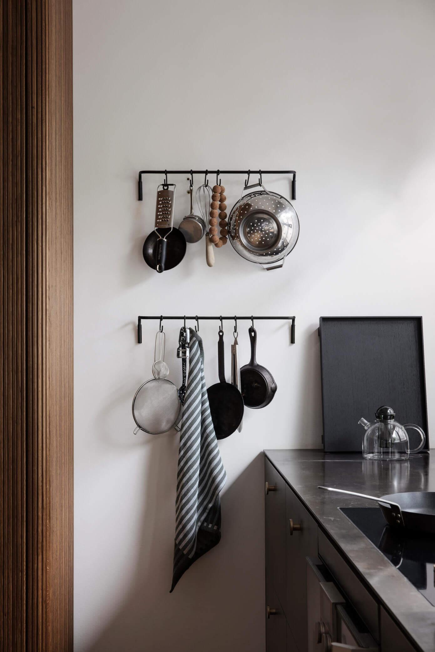 收藏品罐和锅-如何在墙上最少地展示它们