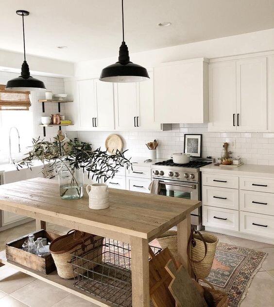 白色厨房橱柜