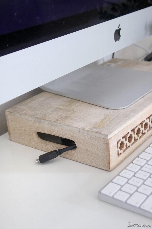如何隐藏办公桌电源线