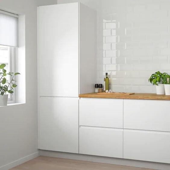 simple calm kitchen.jpg