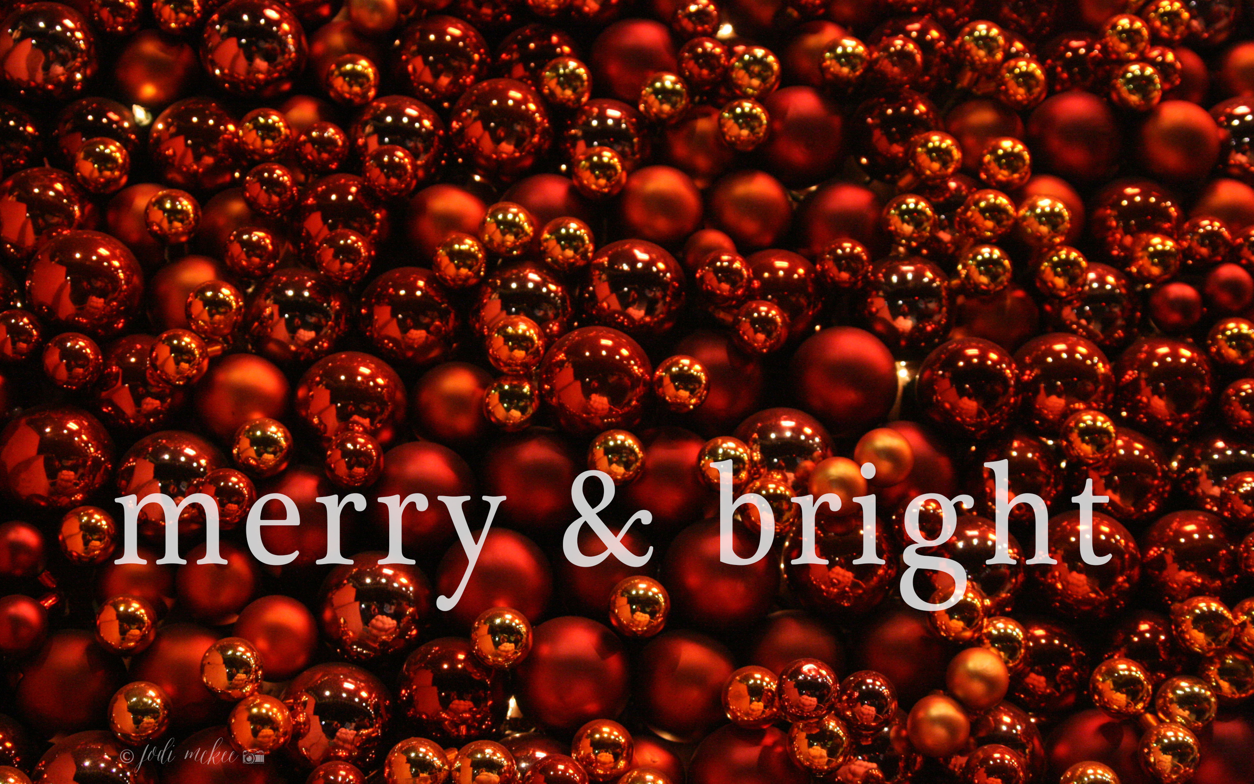 merry & bright desktop wallpaper