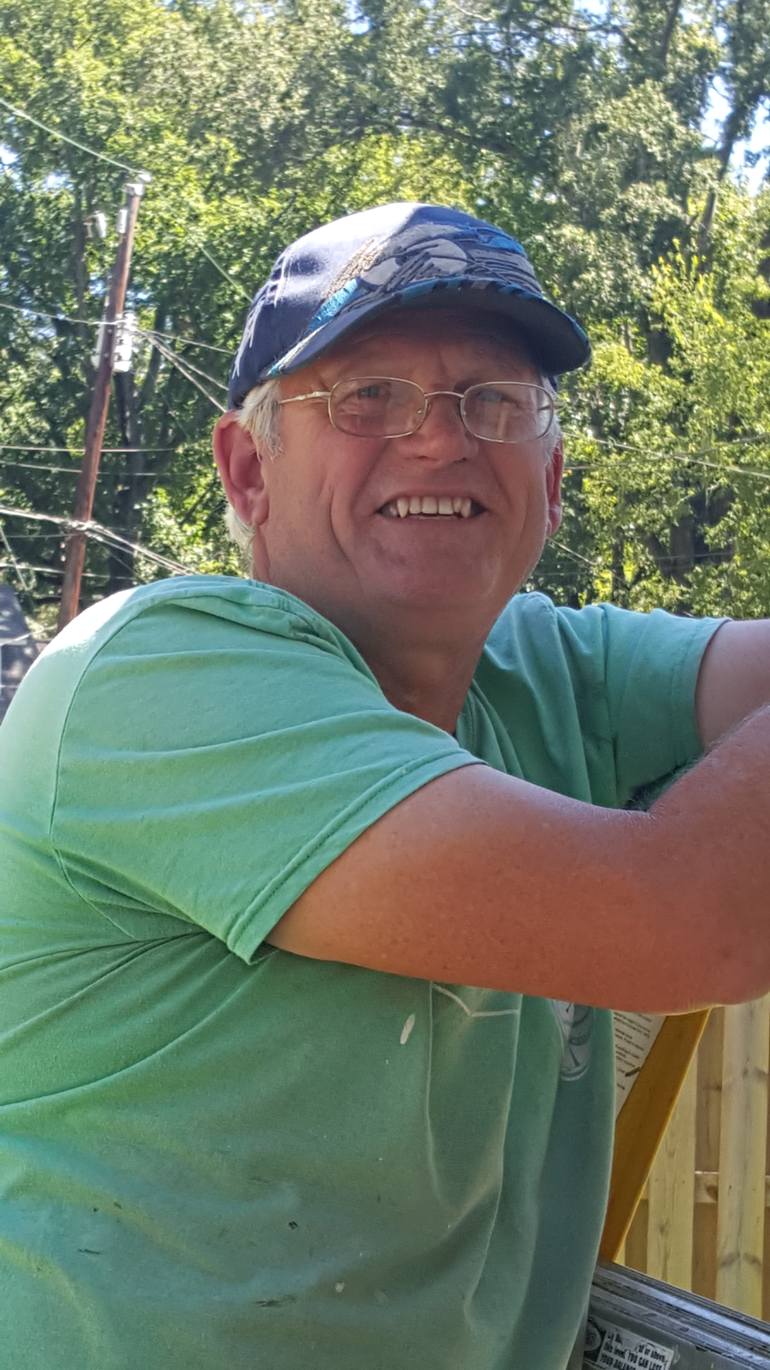Steve Martz, Carpenter