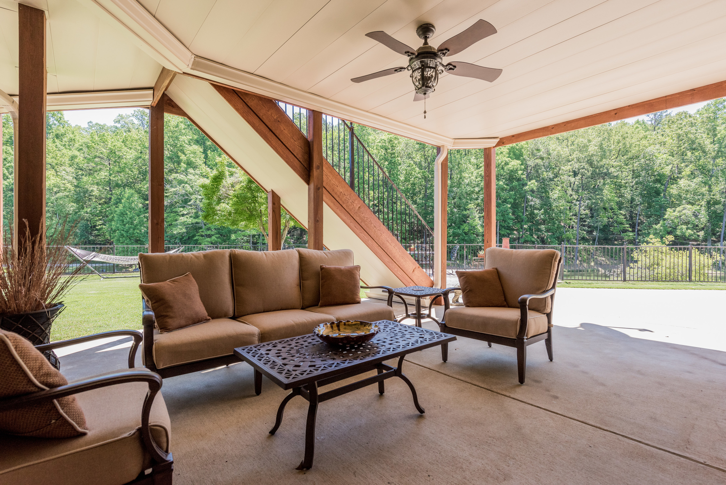 Lake Crest Deck with ZipUp Ceiling and Underdeck installed. For more Info go to: http://zipupbirmingham.com