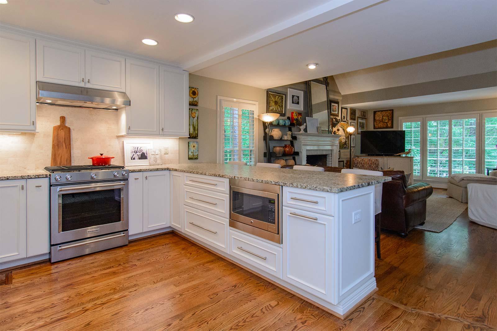 task-lighting-in-kitchen.jpg
