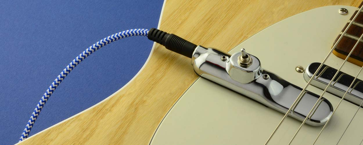 swap between guitars