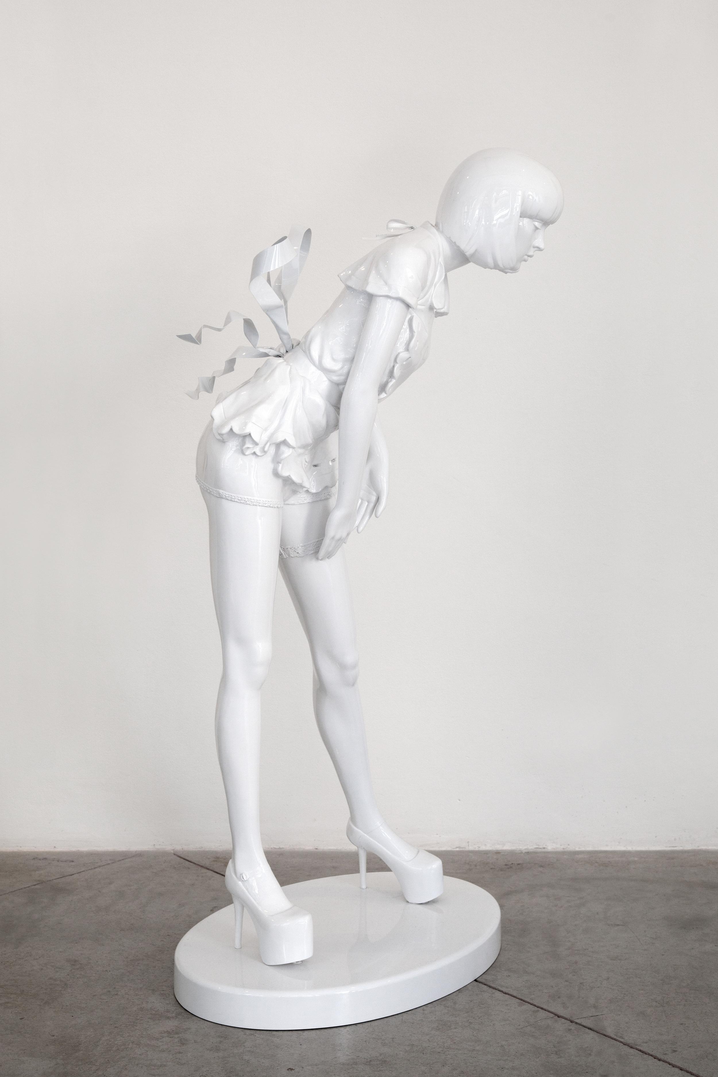 Puta, 2015, acrystal, acrylic lacker, 180 x 80 x 60 cm