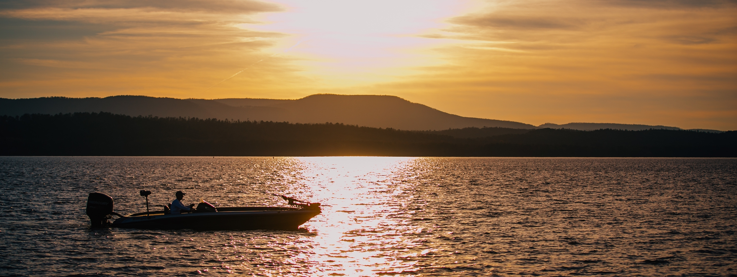 Covering more than 34,000 acres, Lake Dardanelle is filled with tournament-worthy bass.