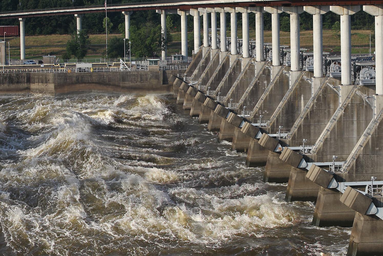 Flooded dam release.jpg