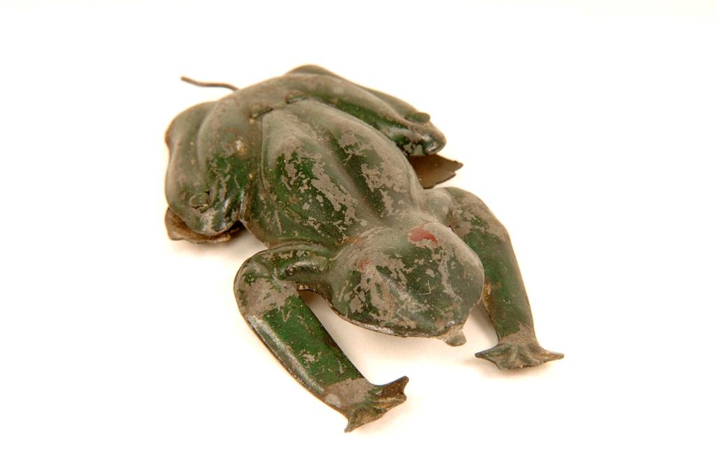 Toy frog (1).jpg