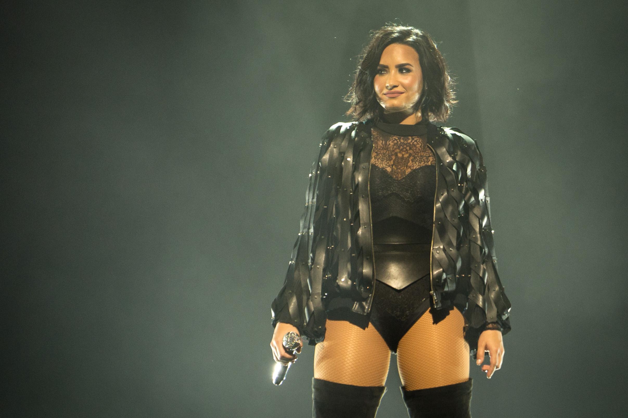 Demi Lovato -2.jpg