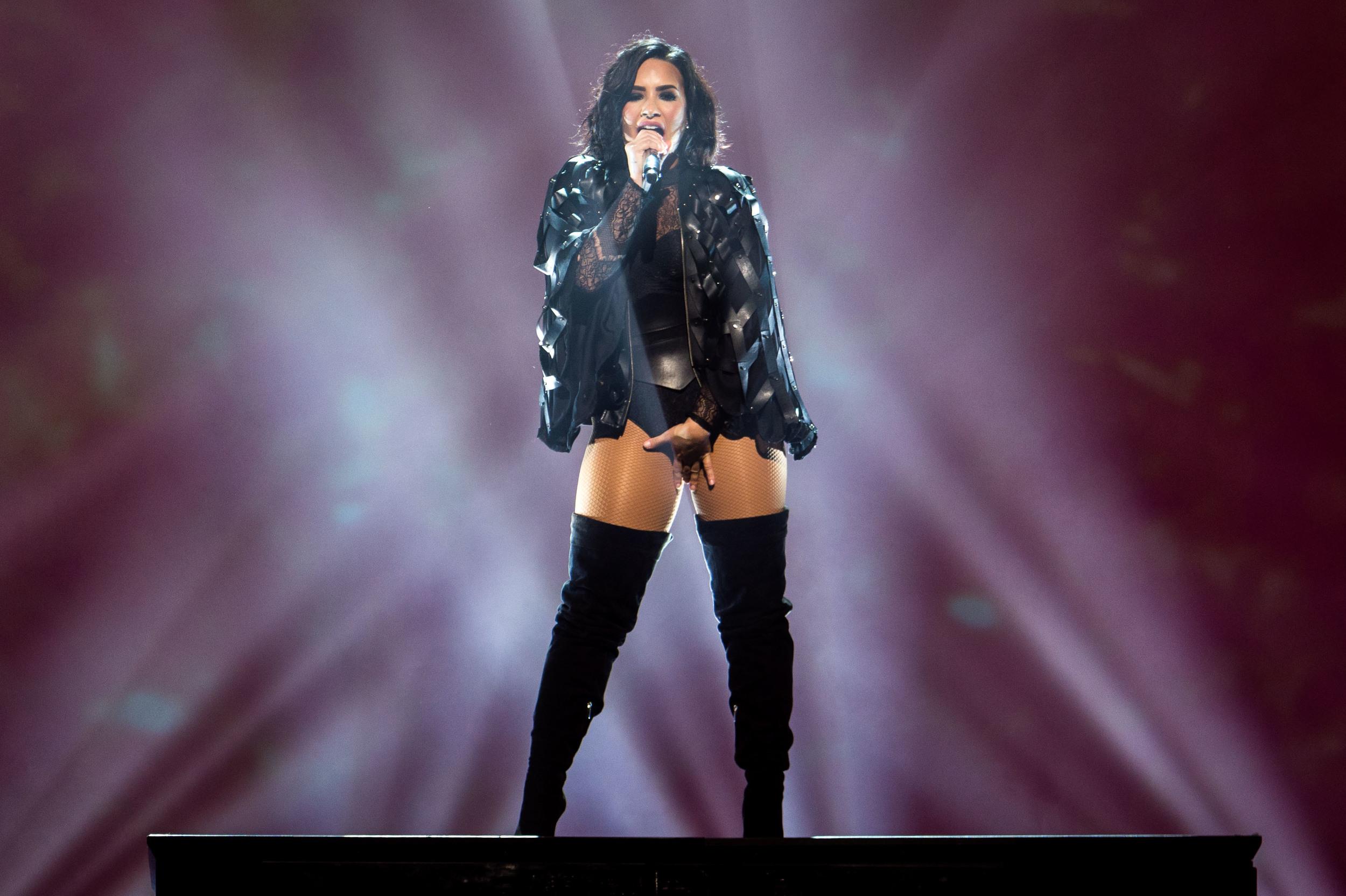 Demi Lovato -5.jpg