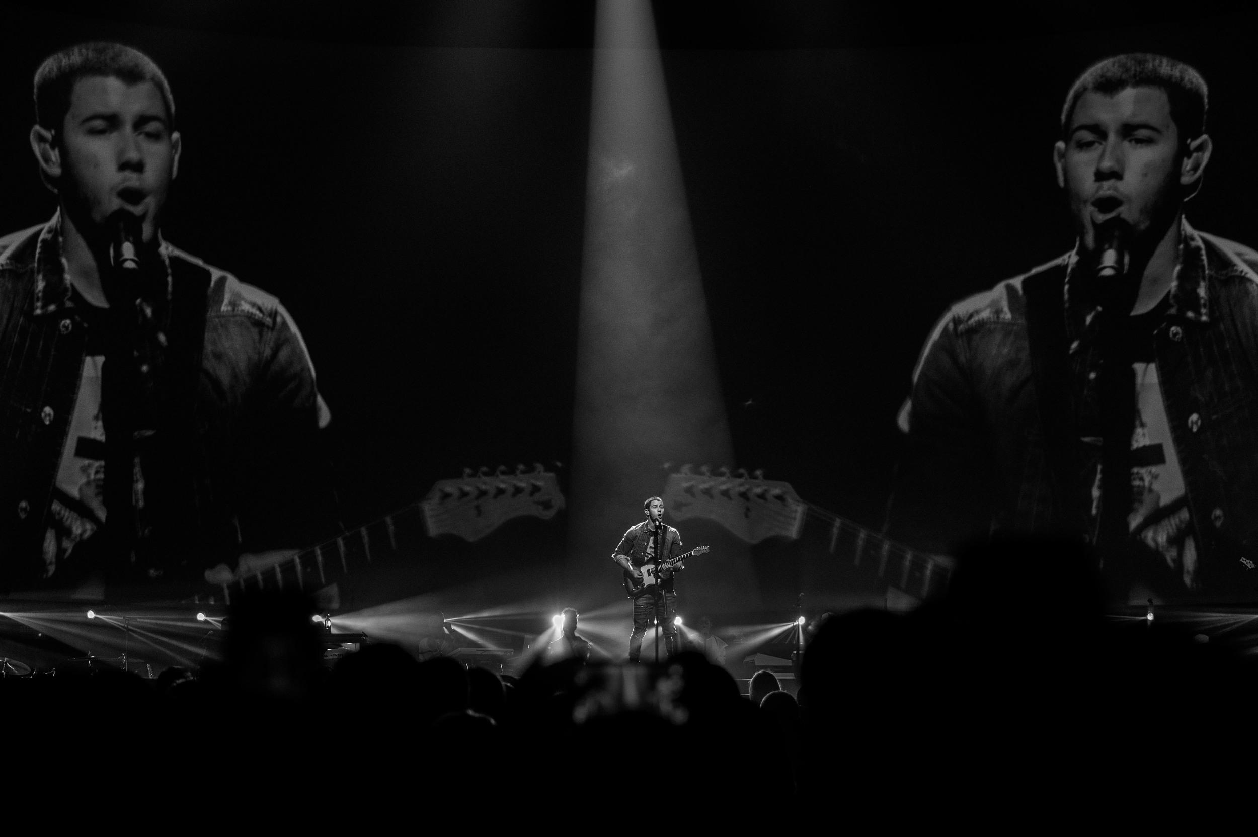 Nick Jonas-13.jpg