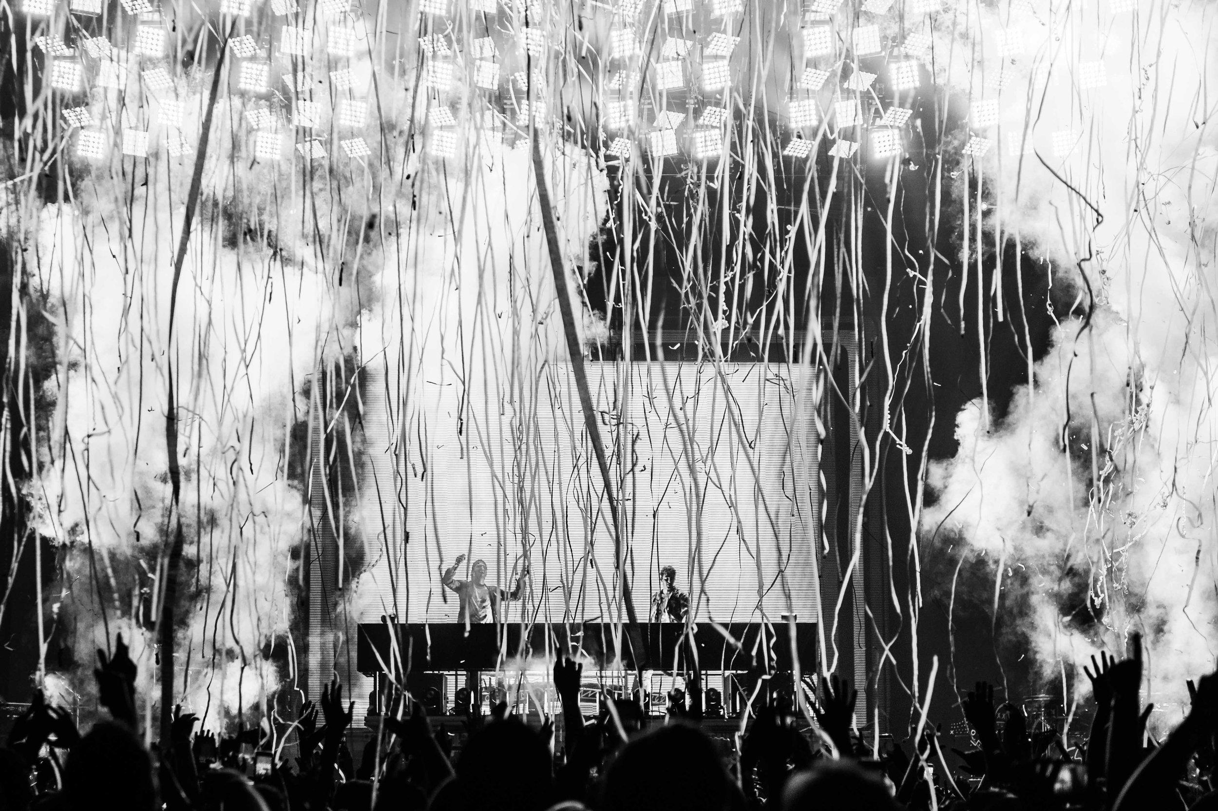 The Chainsmokers-24.jpg