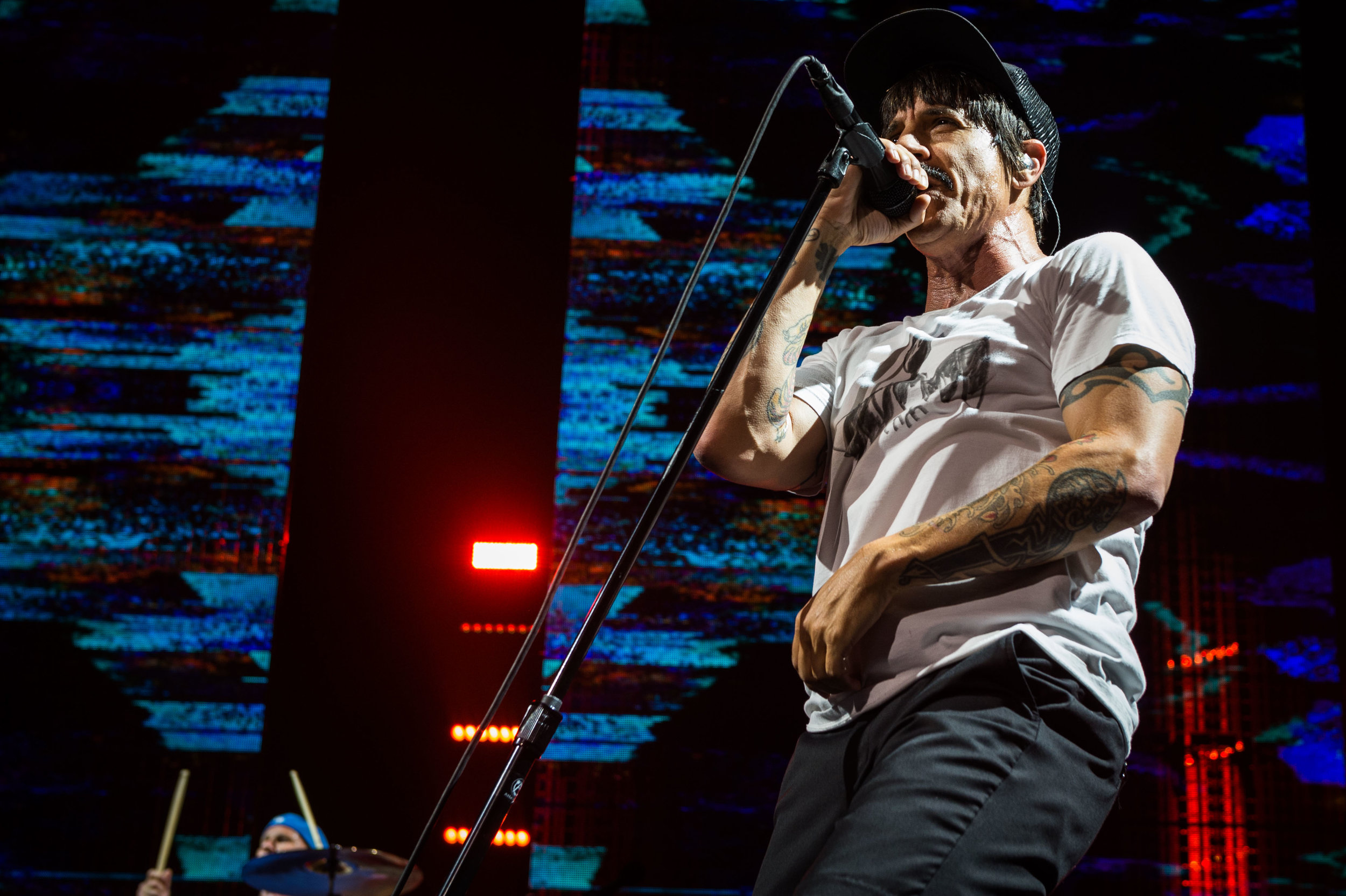 Red Hot Chili Peppers-12.jpg