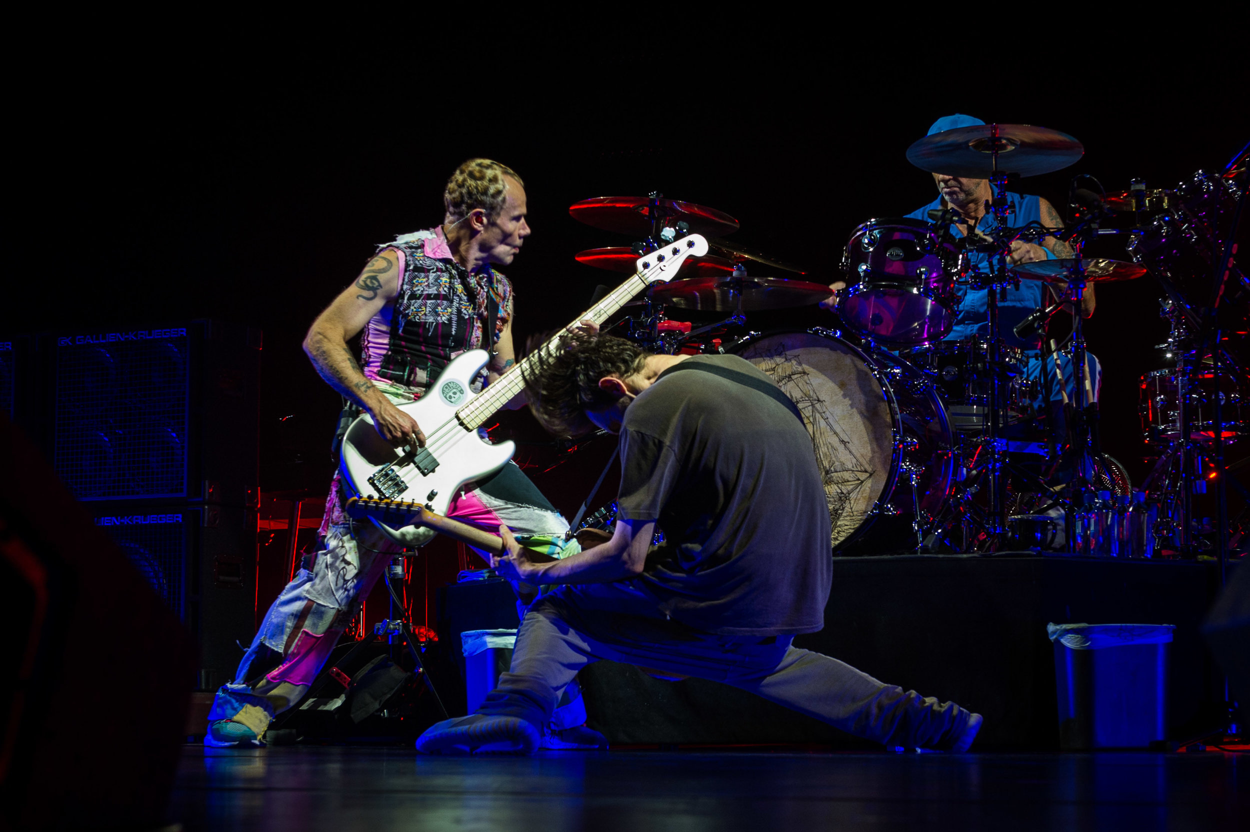 Red Hot Chili Peppers-28.jpg