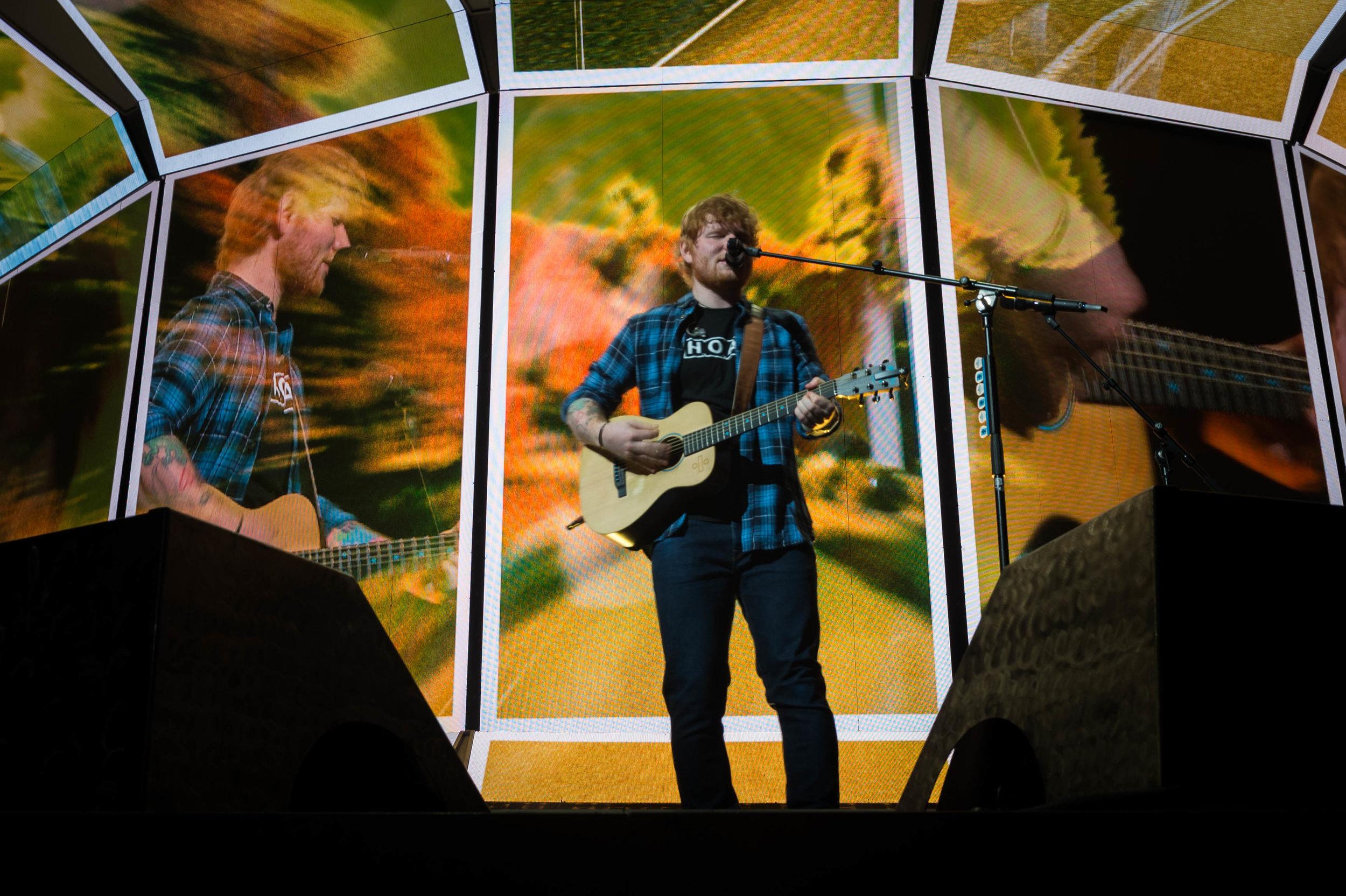 Ed Sheeran James Blunt KFC Yum! Center Sept 7 2017-7.jpg