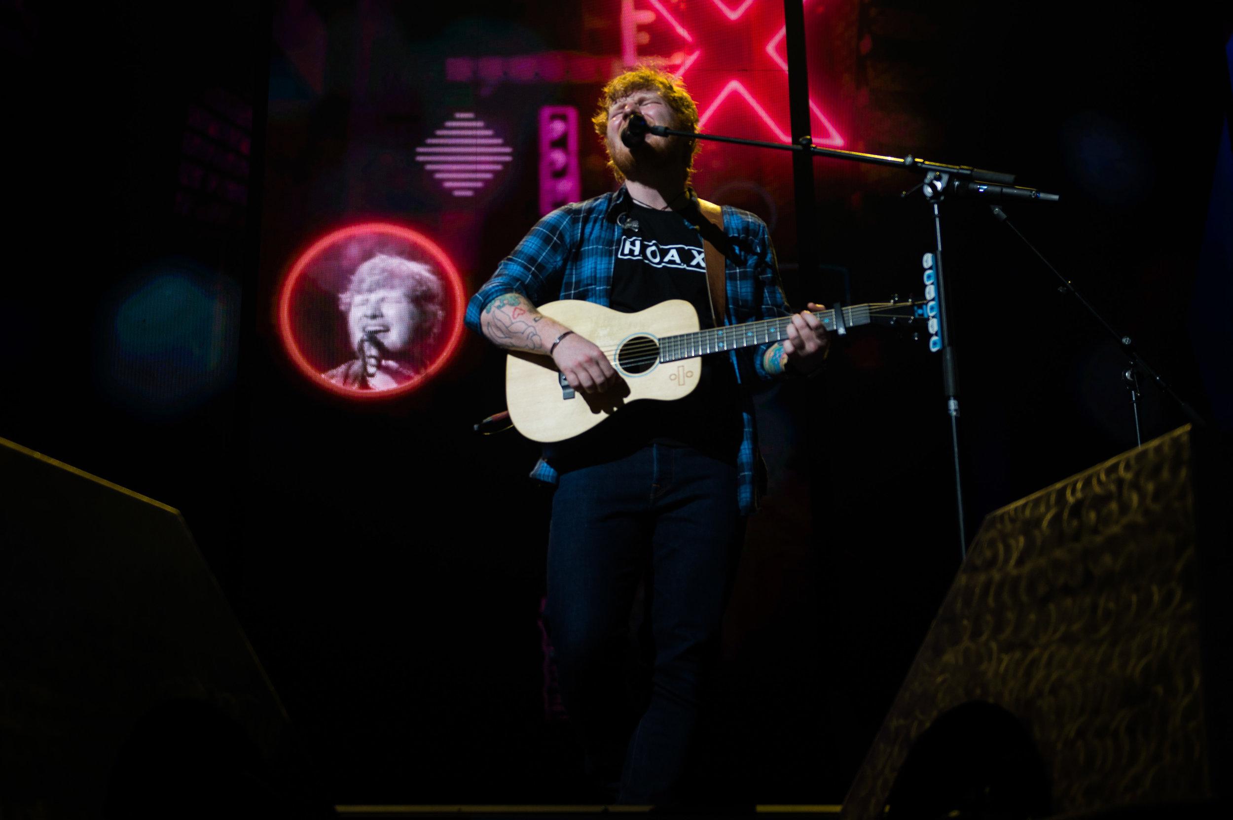 Ed Sheeran James Blunt KFC Yum! Center Sept 7 2017-11.jpg