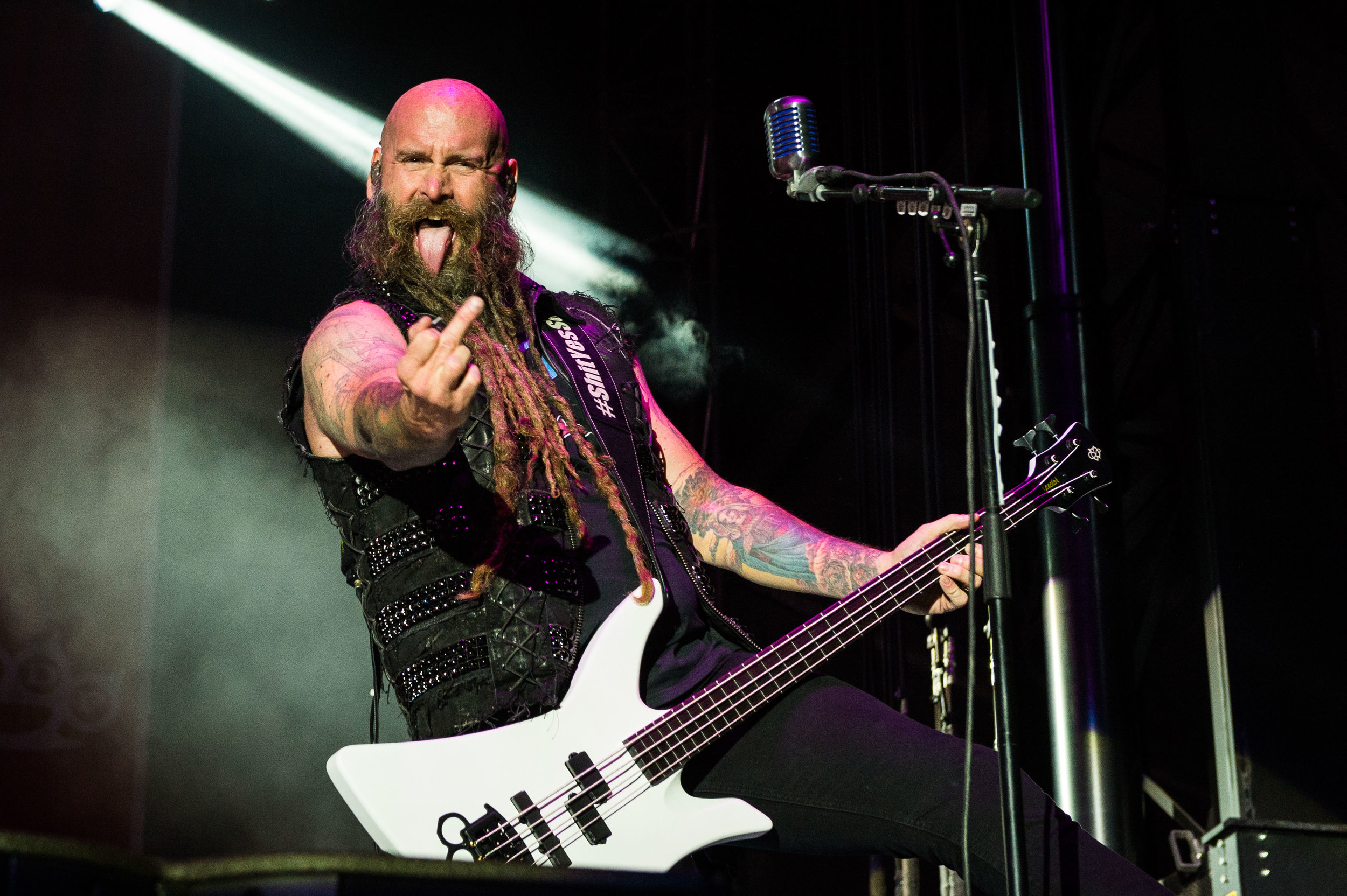 Five Finger Death Punch Sep 30 2017-2.jpg