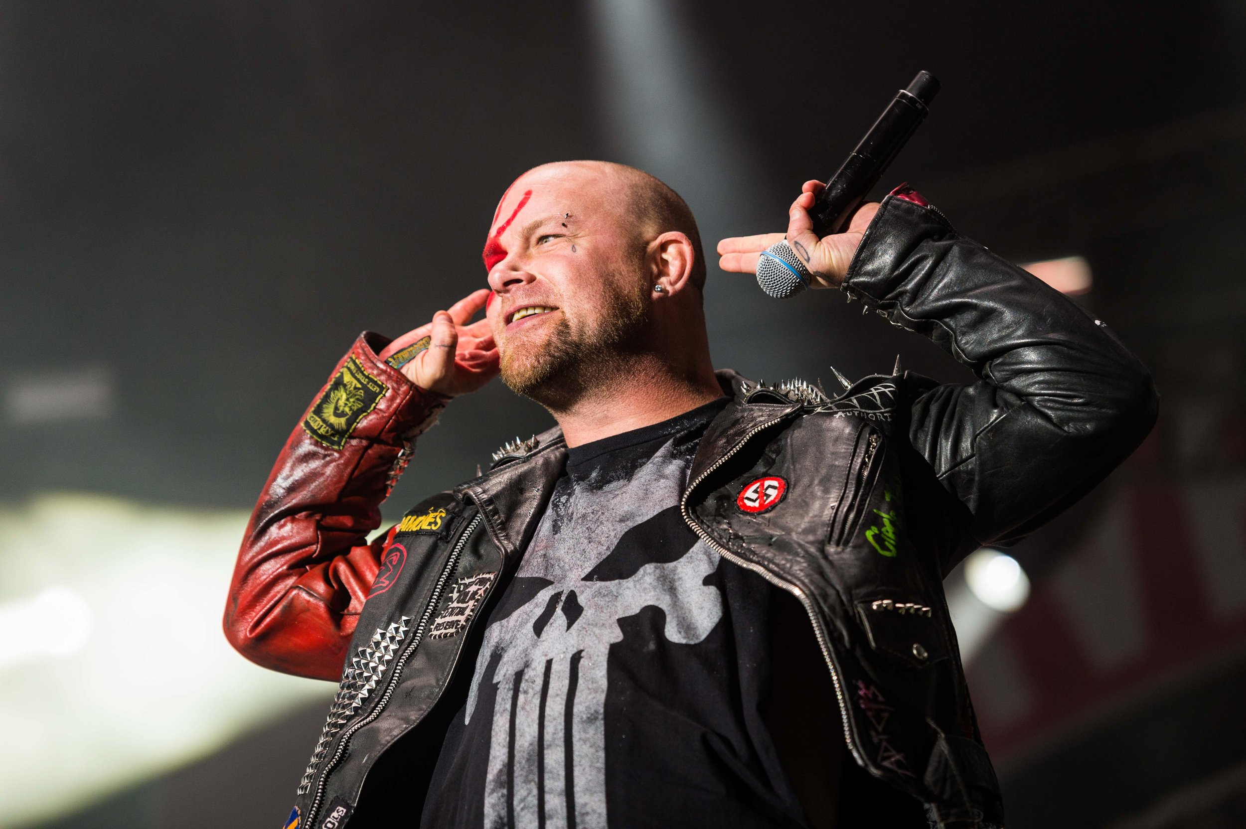 Five Finger Death Punch Sep 30 2017-6.jpg