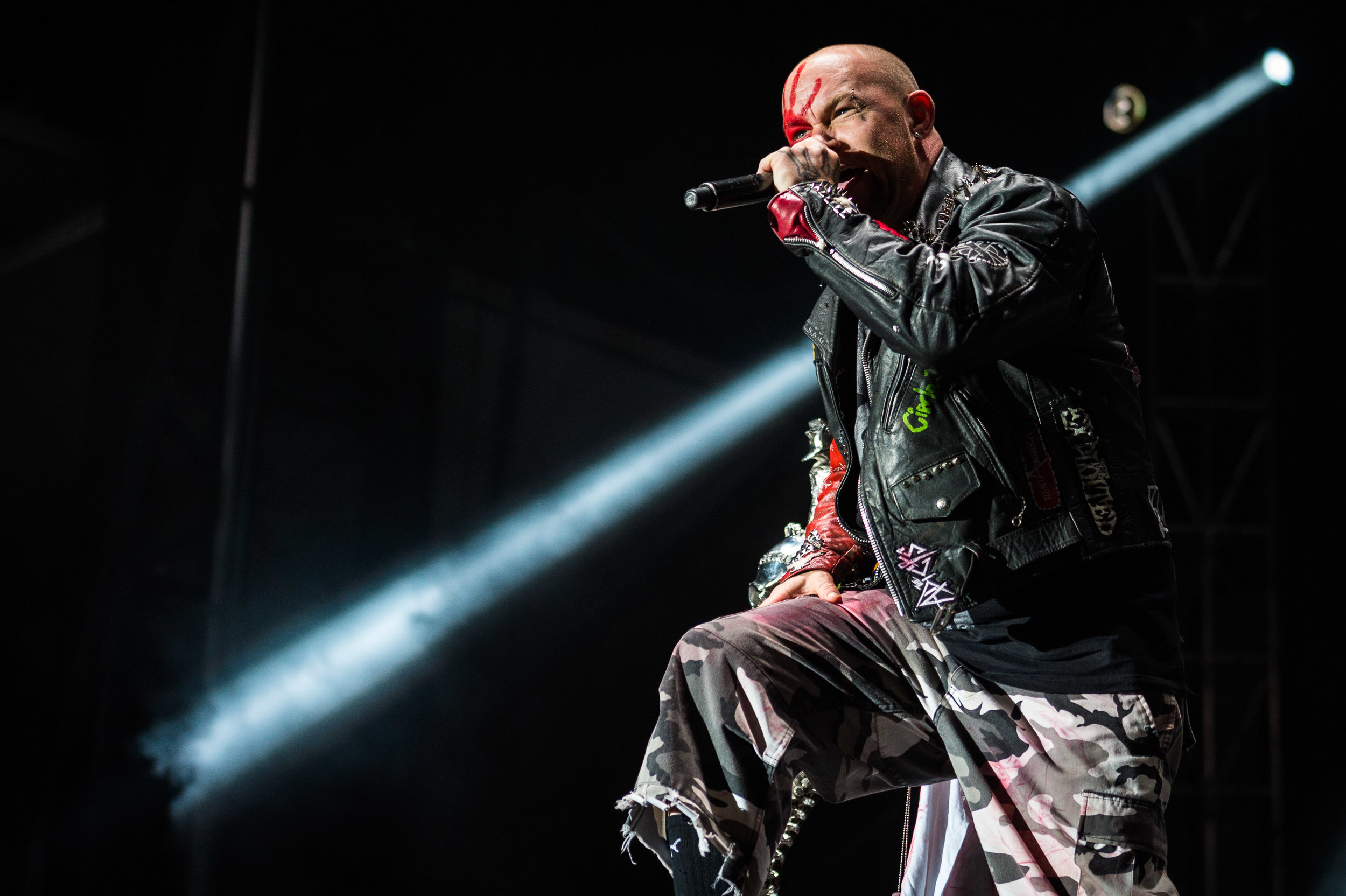 Five Finger Death Punch Sep 30 2017-8.jpg