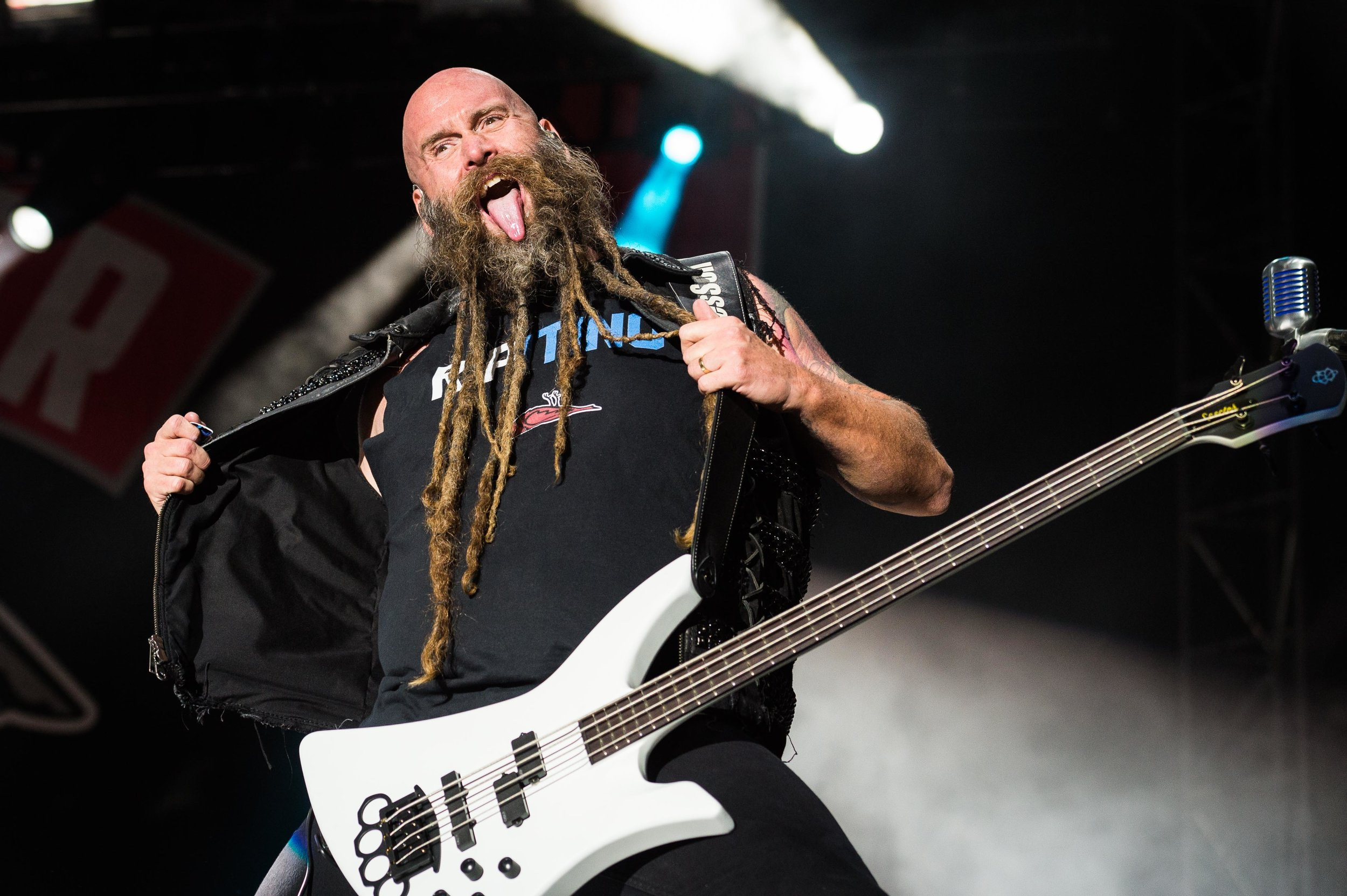 Five Finger Death Punch Sep 30 2017-10.jpg