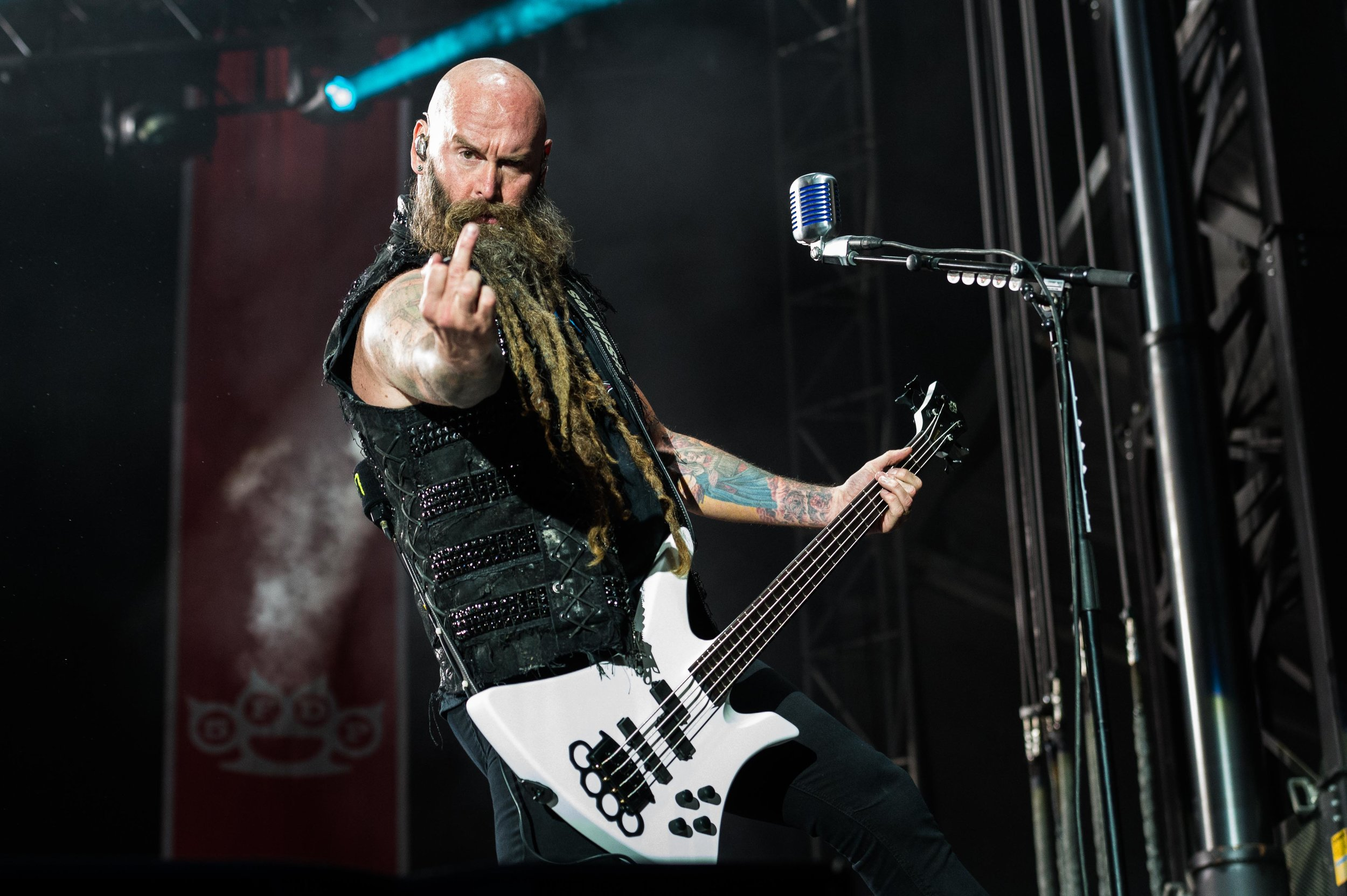 Five Finger Death Punch Sep 30 2017-11.jpg